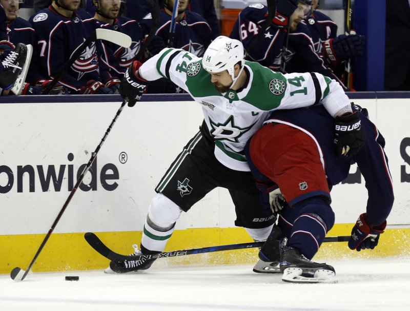 Jamie Benn, Jack Johnson