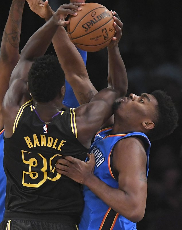 Julius Randle, Dakari Johnson