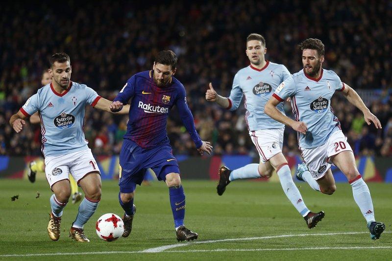 Lionel Messi, Jonny Castro