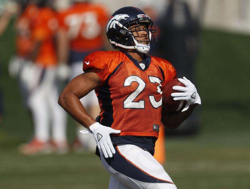 the latest 98947 5a858 Broncos still believe in Jeff Heuerman, Devontae Booker