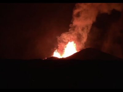 Lava Destroys Hundreds of Hawaii Homes
