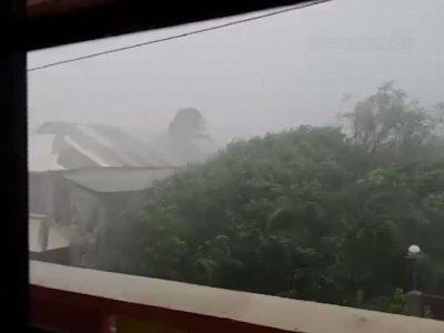 Monster typhoon barrels toward northern Philippines