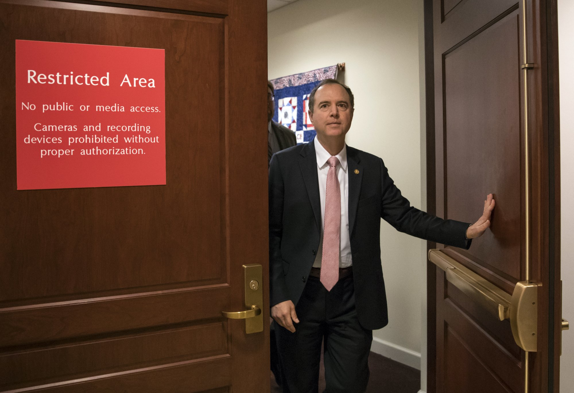 Russia probe revival expected if Democrats win House