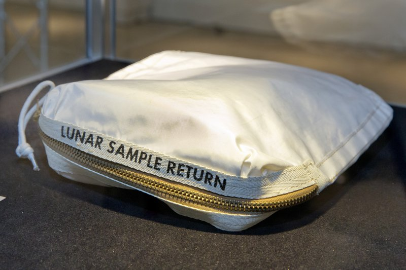 Apollo 11 Contingency Lunar Sample Return Bag