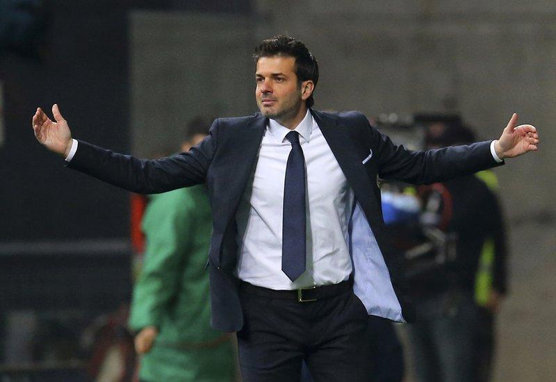 Struggling Sparta Prague fires coach Andrea Stramaccioni
