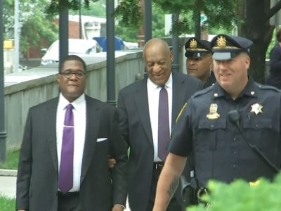Raw: Cosby Arrives On Day 2 of Sex Assault Trial
