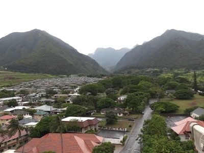 Hawaii storm downgraded, state still cautious