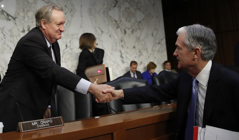 Jerome Powell, Michael Crapo
