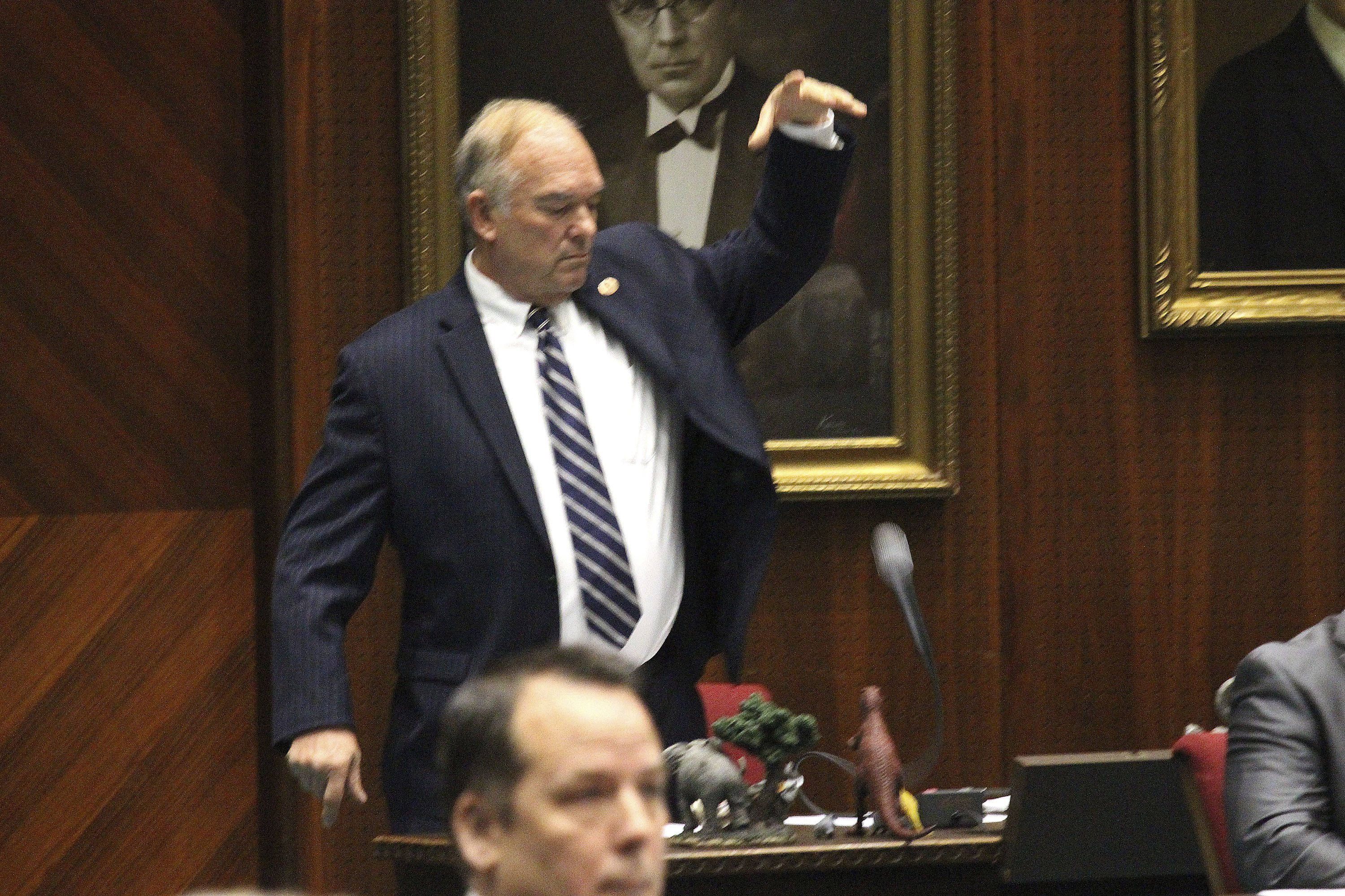 Arizona House kicks out Rep. Don Shooter over sex misconduct