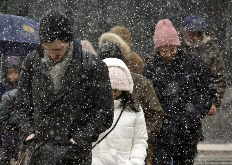 Northeast blizzard could dump 18 inches of snow on New York