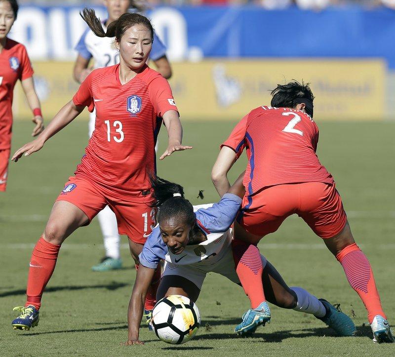 Ji Sunmi, Lee Eunmi, Crystal Dunn