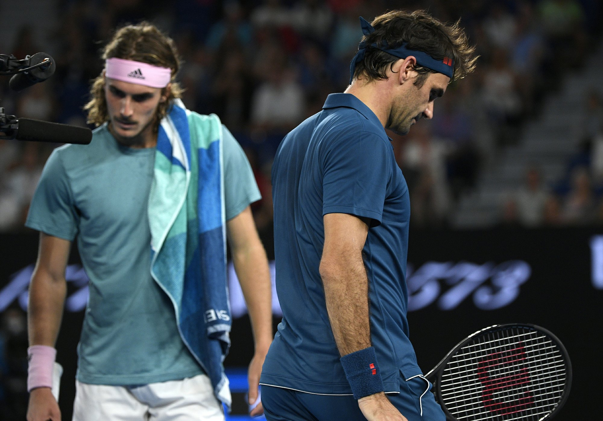 Tsitsipas Da La Sorpresa Al Derrotar A Federer En Australia