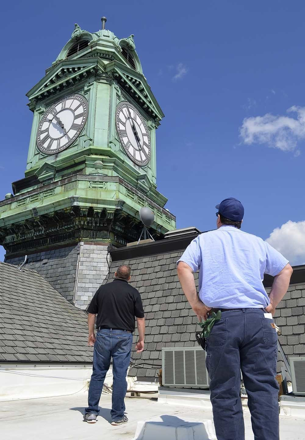 Iowa Officials To 3D Scan Clock Tower Amid Repair Efforts