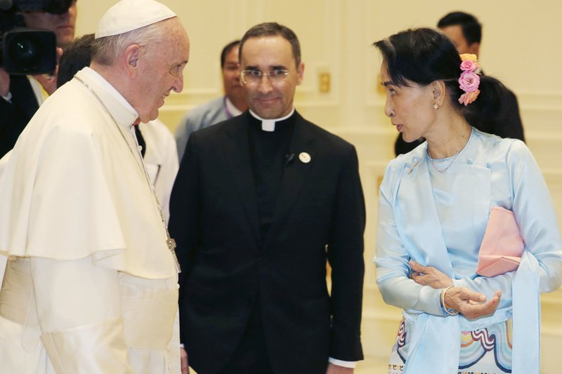 Aung San Suu Kyi, Pope Francis