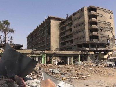 Iraqi Forces Re-take Mosul's Main Hospital