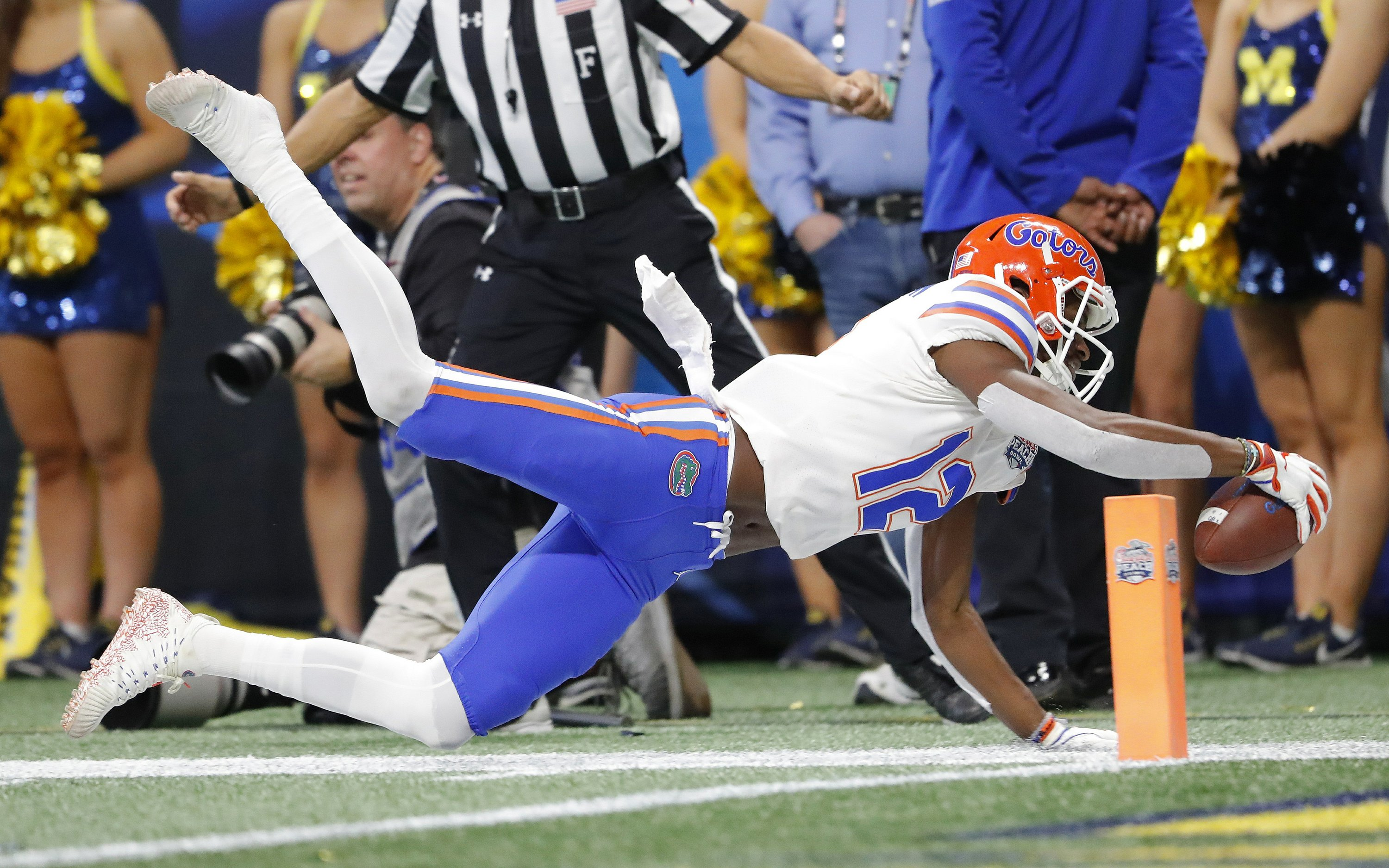 Dan Mullen Gators >> Peach Bowl: Gators rout Michigan 41-15 to cap comeback year