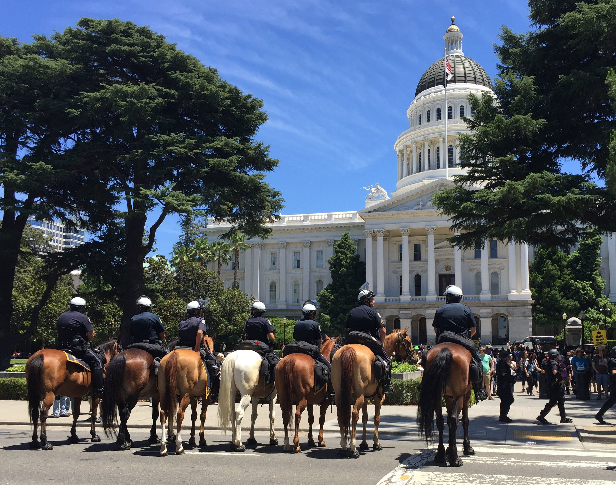 White nationalists, protesters clash in California; 10 hurt