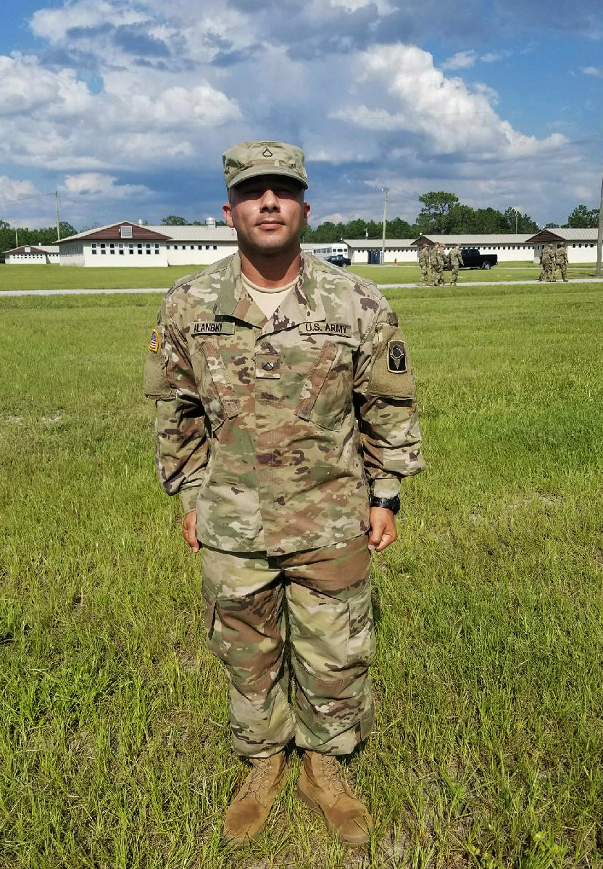 Florida soldier says agency is blocking path to citizenship