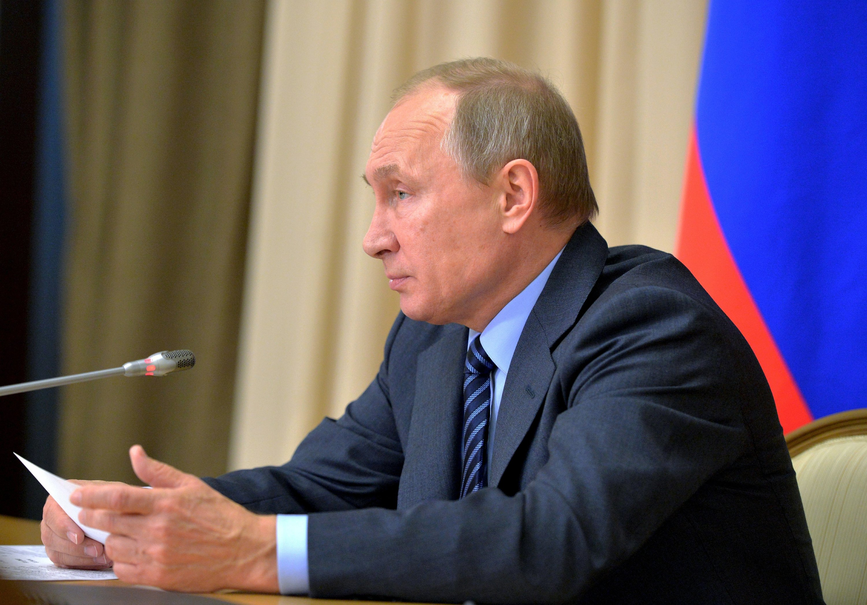Putin says Russia works to develop new weapons