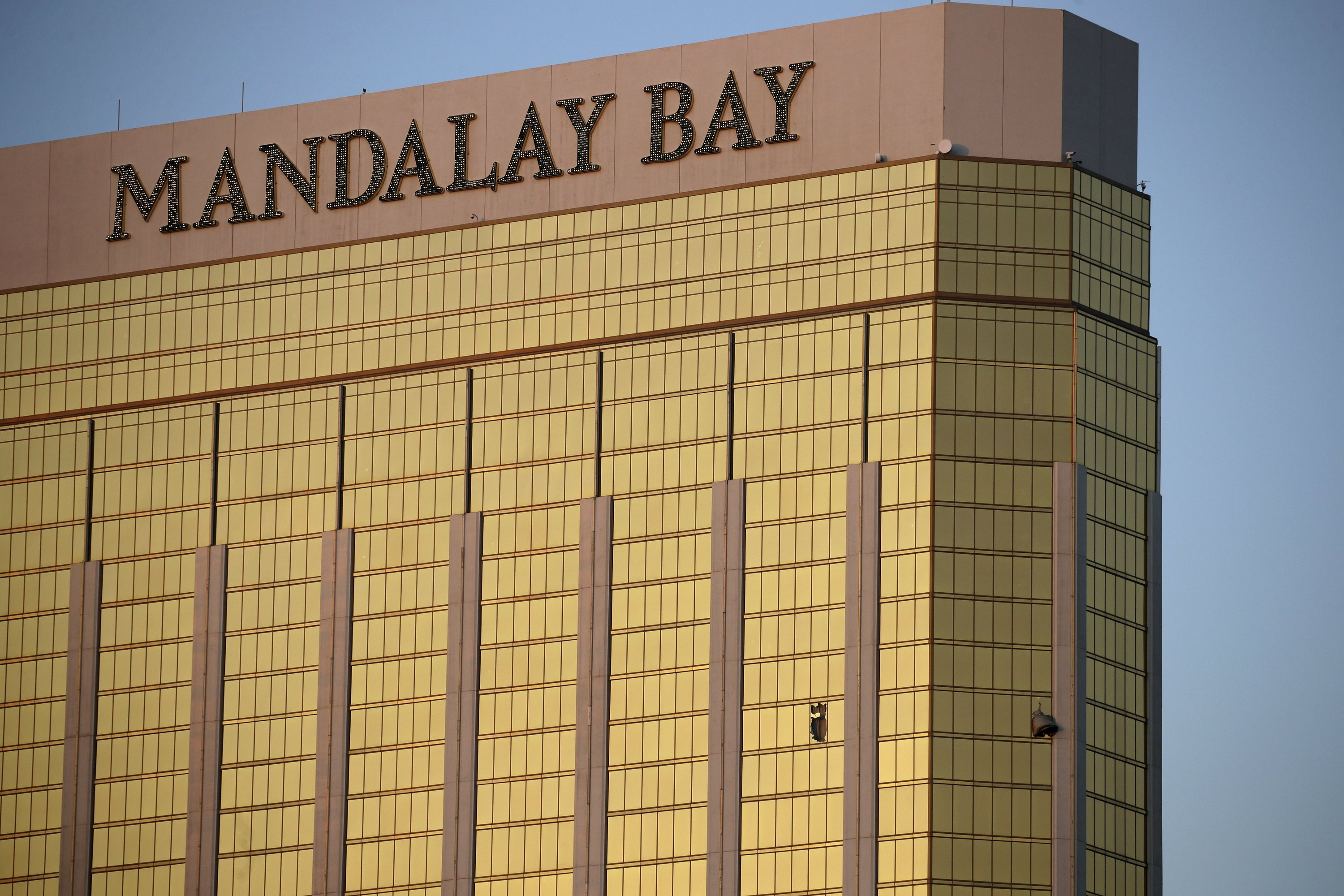 Officials struggling to clear up key facts on Vegas massacre