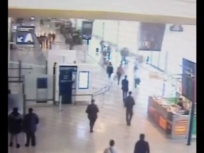 Raw: Video of Paris Orly Airport Attack