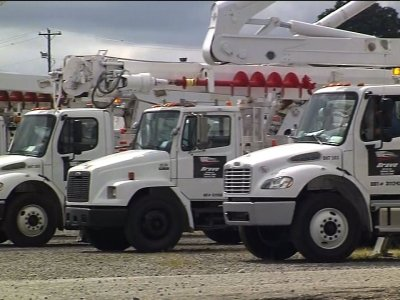 Crews mobilized to restore power after Florence