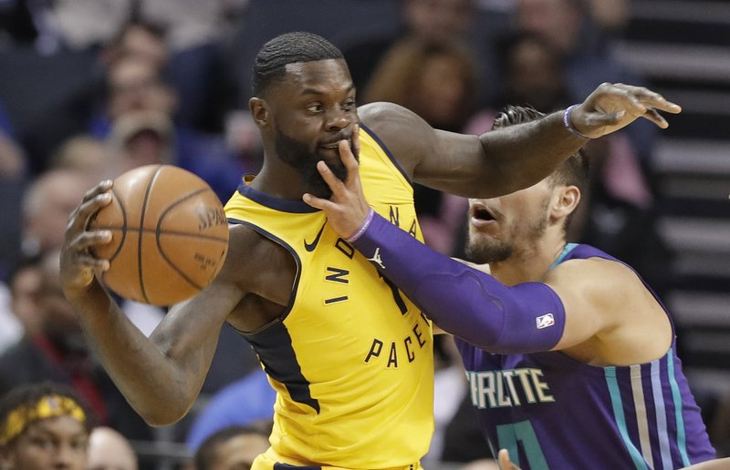 Willy Hernangomez, Lance Stephenson