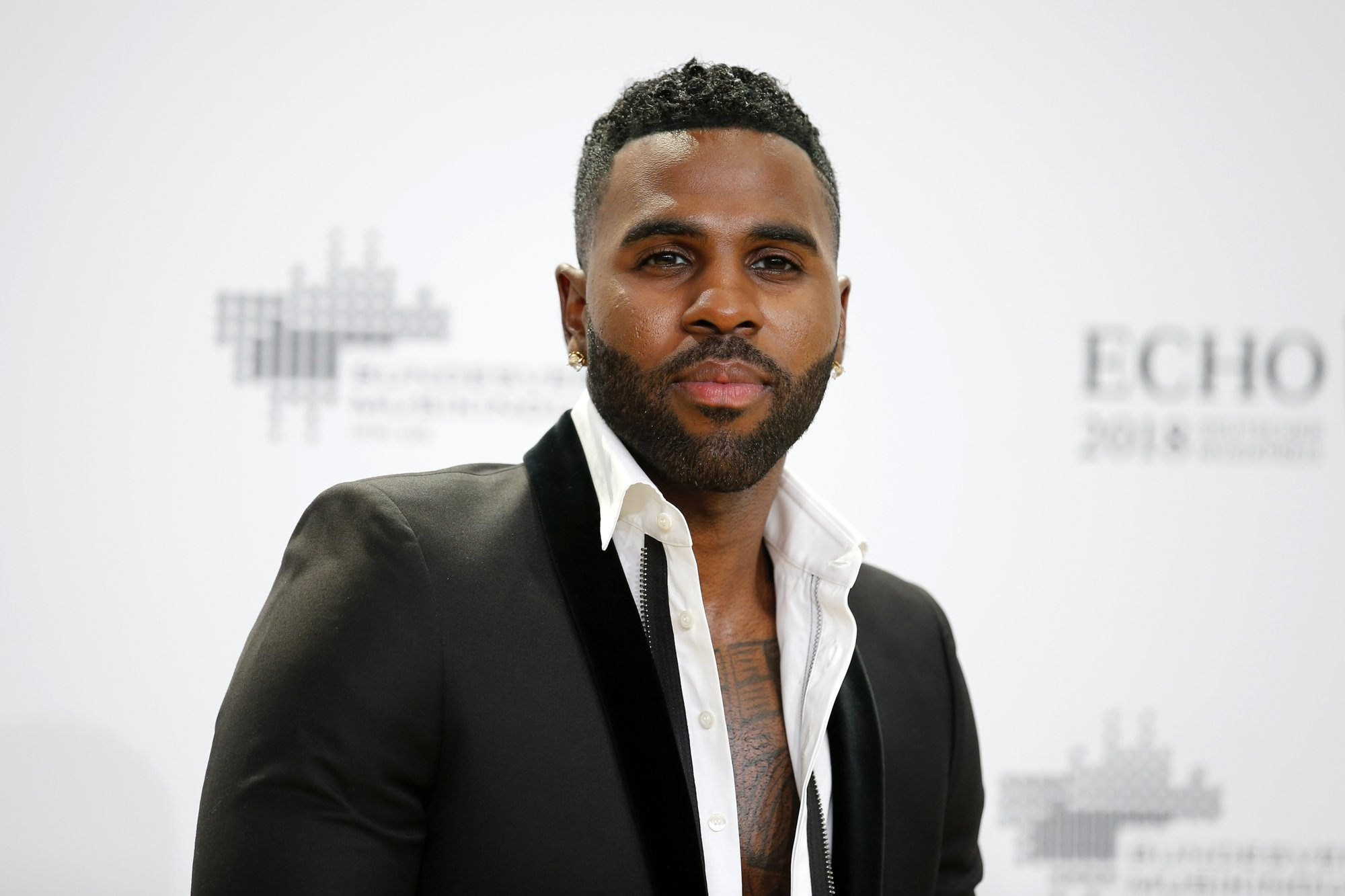 Derulo reaches out to K-pop with 'Let's Shut Up & Dance'