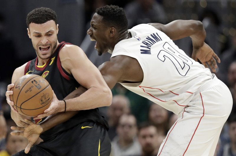 Ian Mahinmi, Larry Nance Jr.