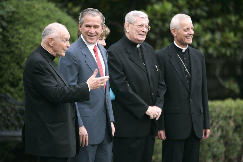 Theodore McCarrick, George Bush, Laura Bush, Pietro Sambi, Donald Wuerl