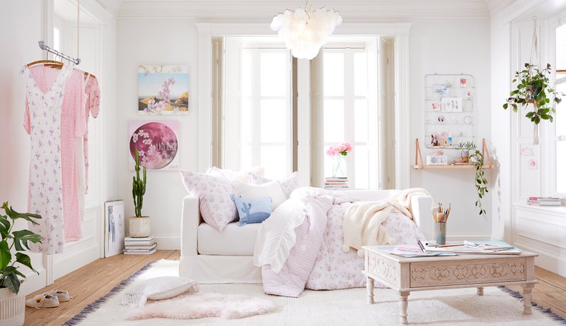 POTTERY BARN KIDS AND PBTEEN DEBUT TWO EXCLUSIVE COLLECTIONS WITH DESIGNER RACHEL ASHWELL AND DAUGHTER, LILY ASHWELL