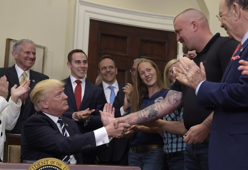 Donald Trump, Henry McMaster, Charles Robel, Wilbur Ross