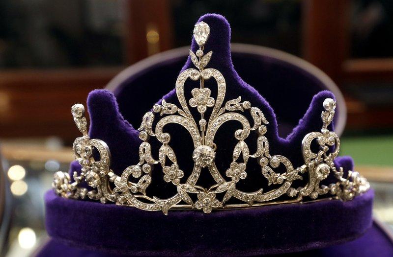 meghan s choice will a royal tiara grace the big day will a royal tiara grace the big day