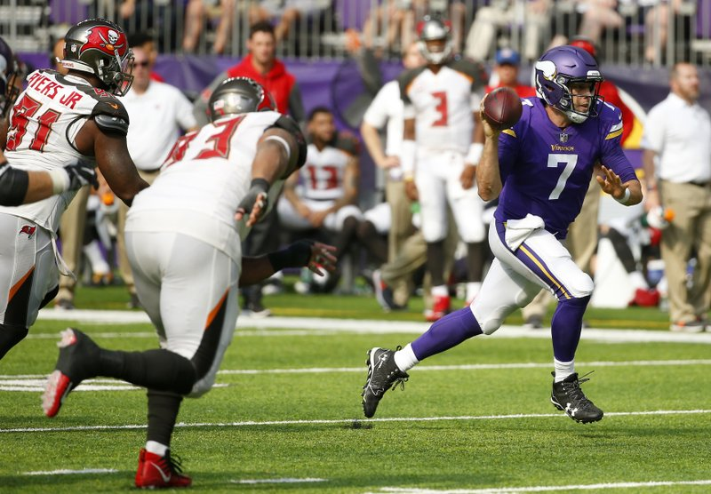 56a6fc9a6 ... T-Shirt Minnesota Vikings quarterback Case Keenum (7) scrambles up  field during the second half of ...