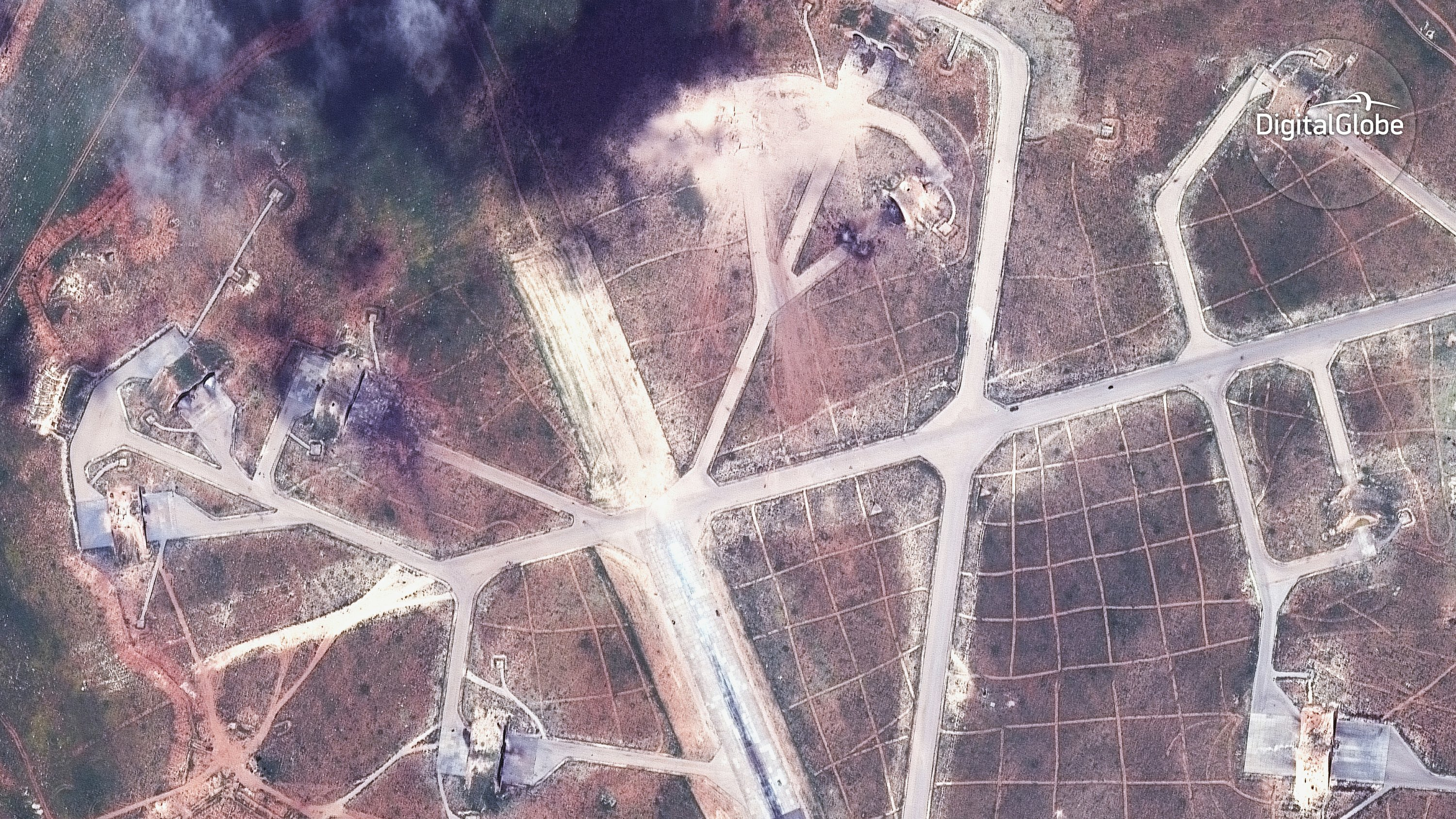 US strikes win global praise _ but ratchet up Russia tension