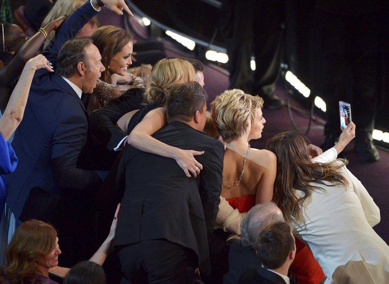 Kevin Spacey, Angelina Jolie, Julia Roberts, Brad Pitt, Jennifer Lawrence, Ellen DeGeneres, Jared Leto