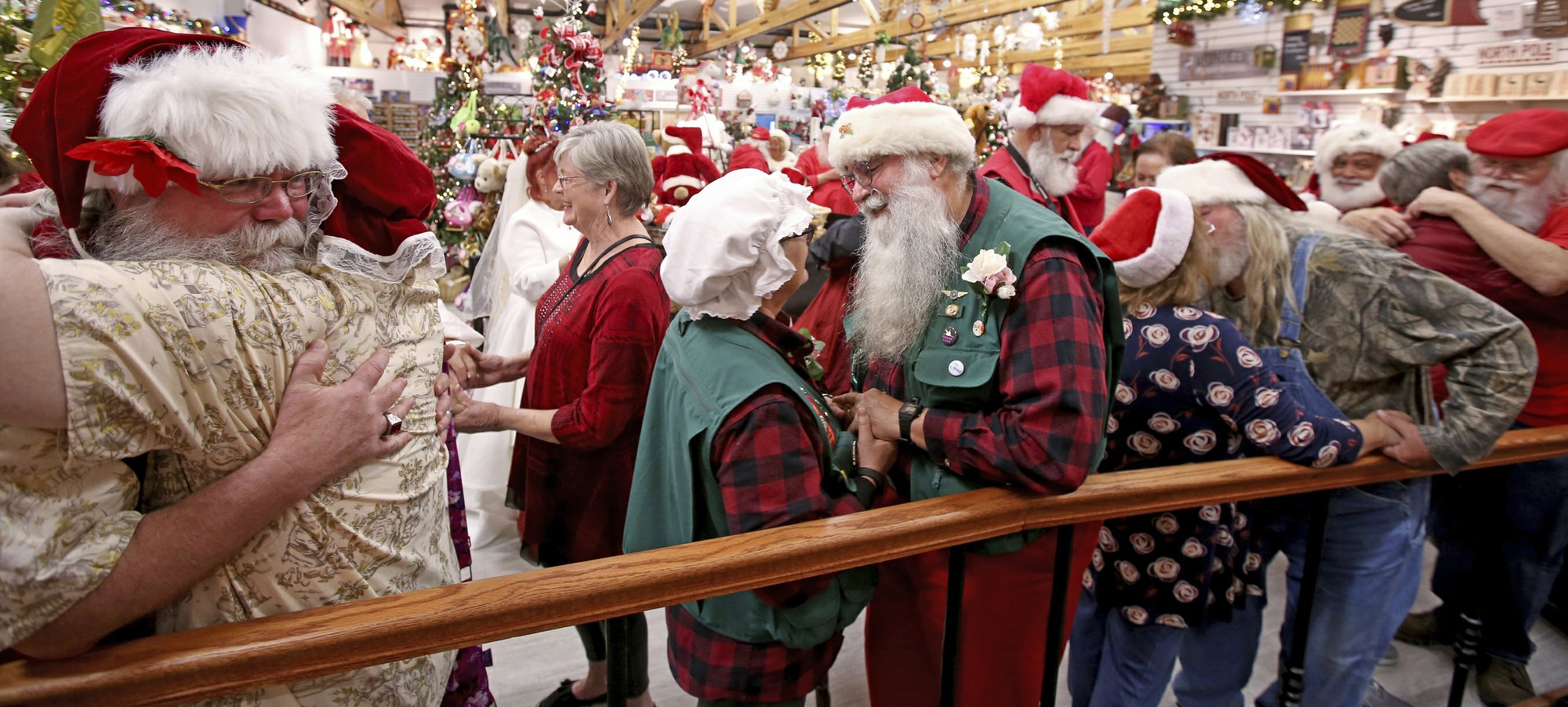 Christmas lovers travel to Santa house in North Pole, Alaska