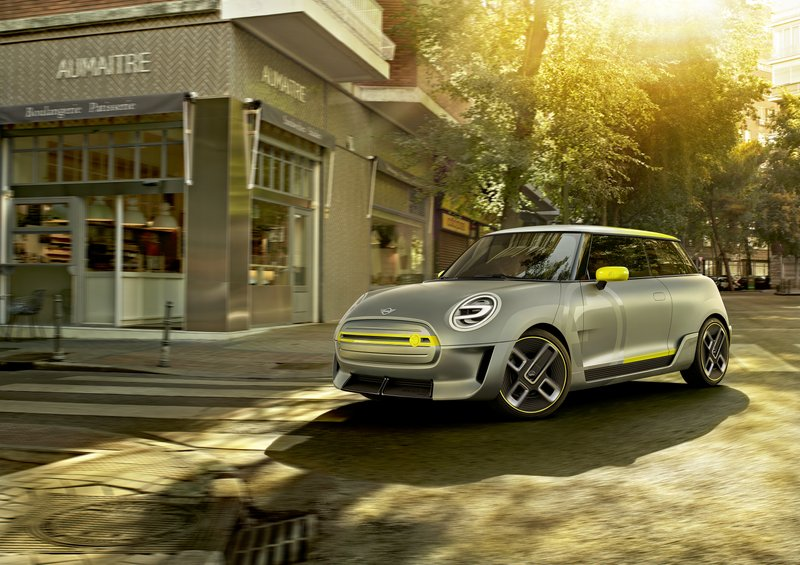Majority Of Consumers Zeroing In On Exactly How They Want To Use An Electric Car New Survey From Mini Usa Finds