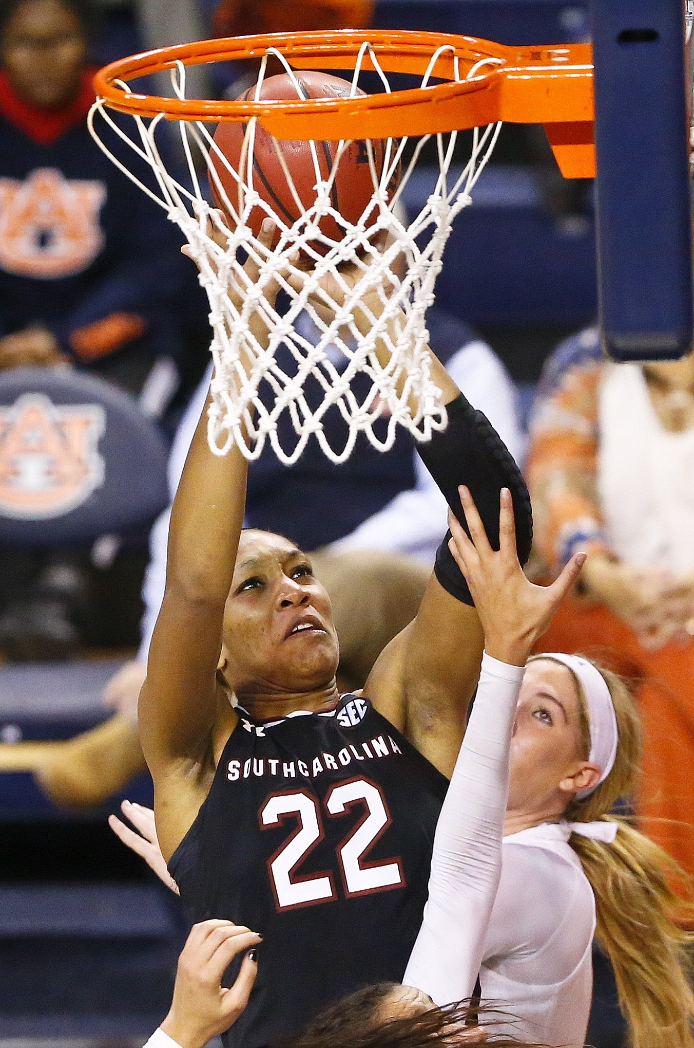 Davis Scores 21 Points No 5 South Carolina Tops Auburn