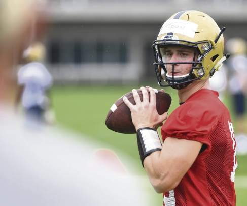'Crazy journey' leads QB Ricky Town from top recruit to Pitt backup