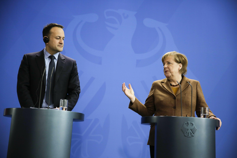 Germany reassures Ireland over Brexit border impasse