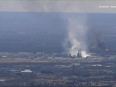Explosion Rocks Wisconsin Oil Refinery