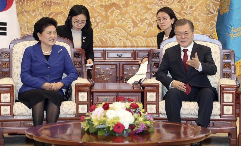 Moon Jae-in, Liu Yandong