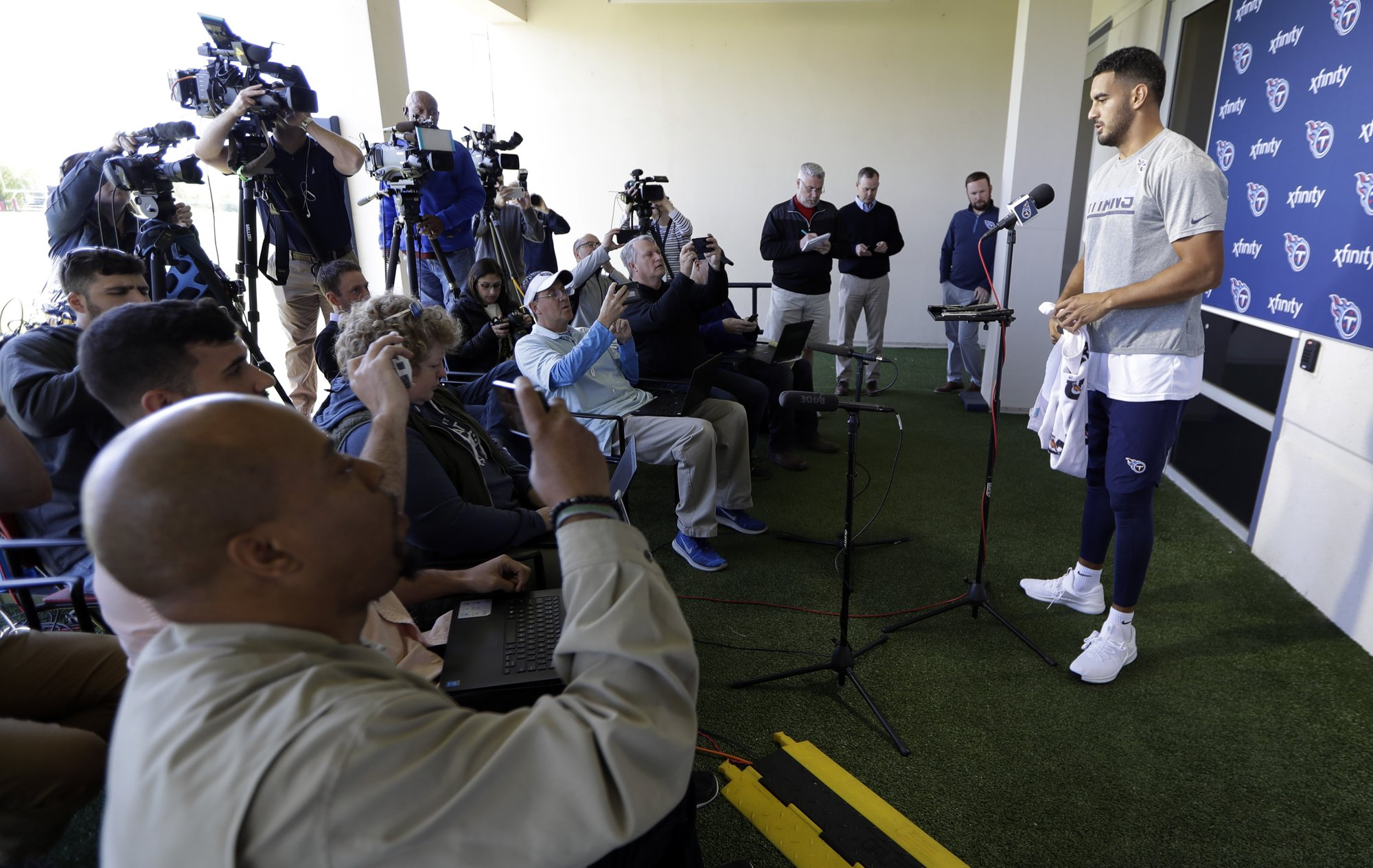 Titans have flexibility to add help at No. 19 in NFL draft