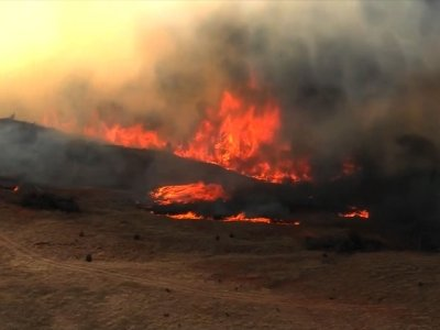 Raw: Massive Wildfires in Oklahoma, Texas