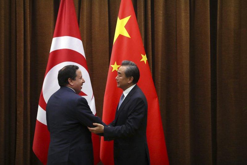 Khemaies Jhinaoui, Wang Yi