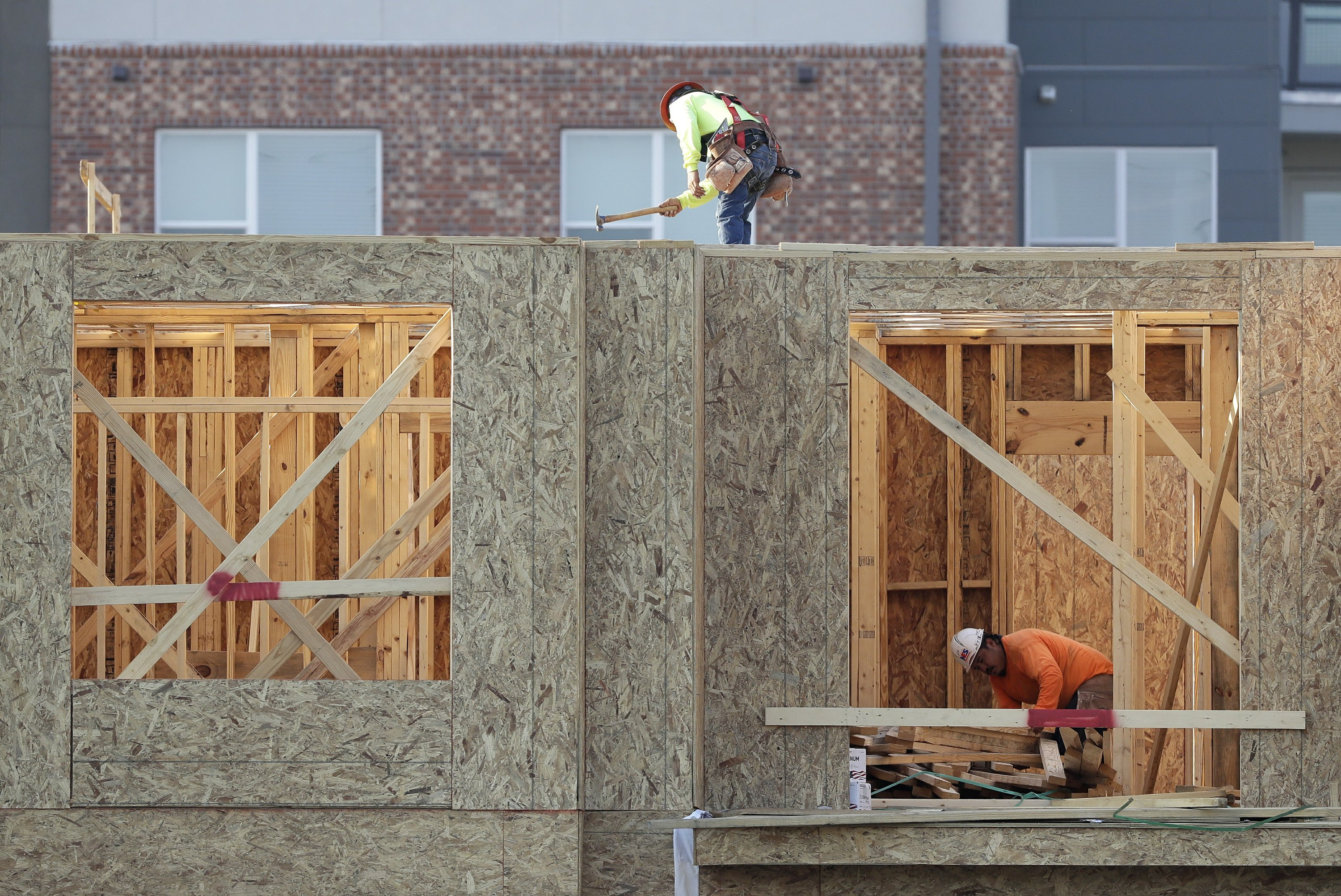 US economy expanded at faster 2.6 percent rate in Q2