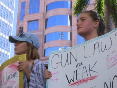 Florida Protestors Angrily Call out Congress