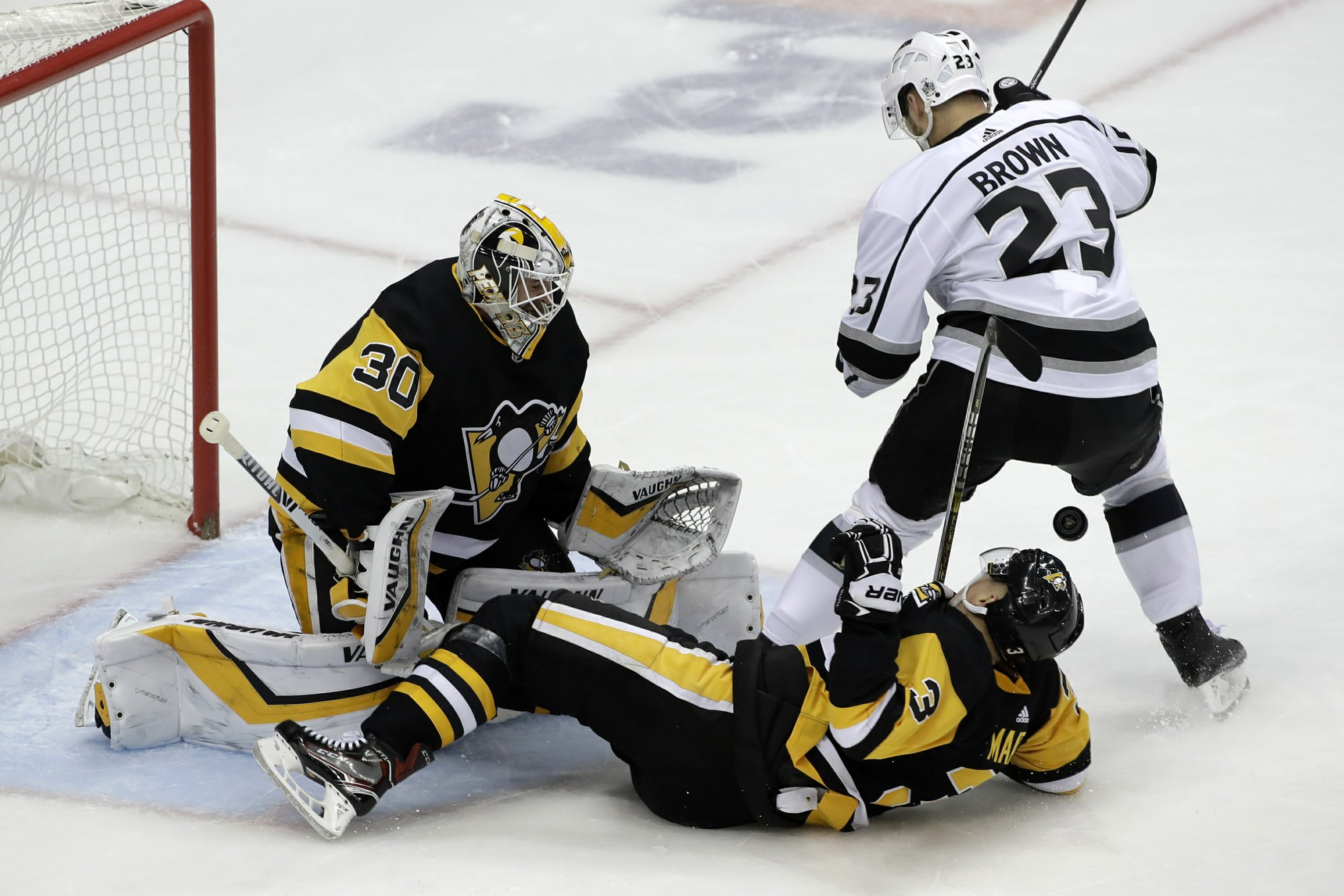 Matt Murray, Olli Maatta, Dustin Brown