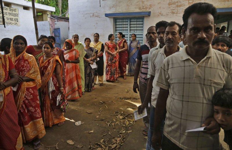 India vota en la cuarta fase de sus elecciones nacionales